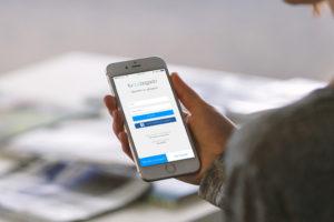 Busca expertos legales desde iPhone