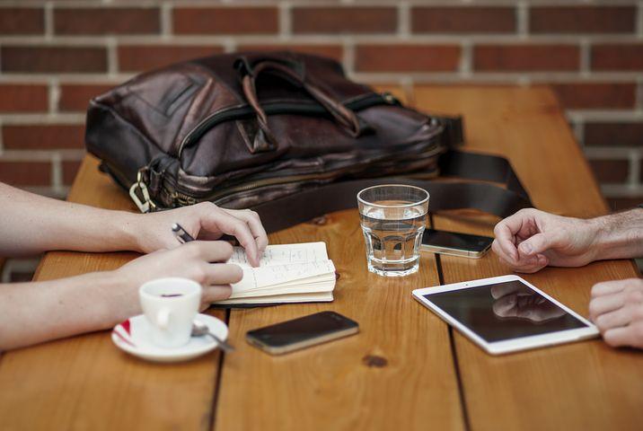 Cómo hacer cartera de clientes abogado, copiando otros modelos de negocio